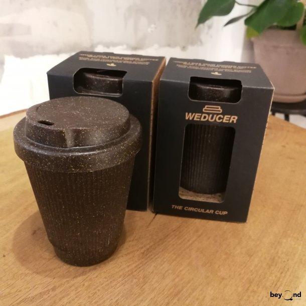 Weducer-kop af kaffegrums